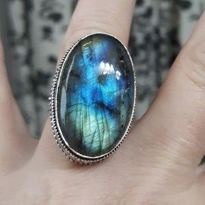 New Labradorite Antique Design Silver Ring. Size 8